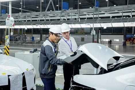 Áo bảo hộ lao động tay ngắn công nhân Nhà máy Vinfast - 8
