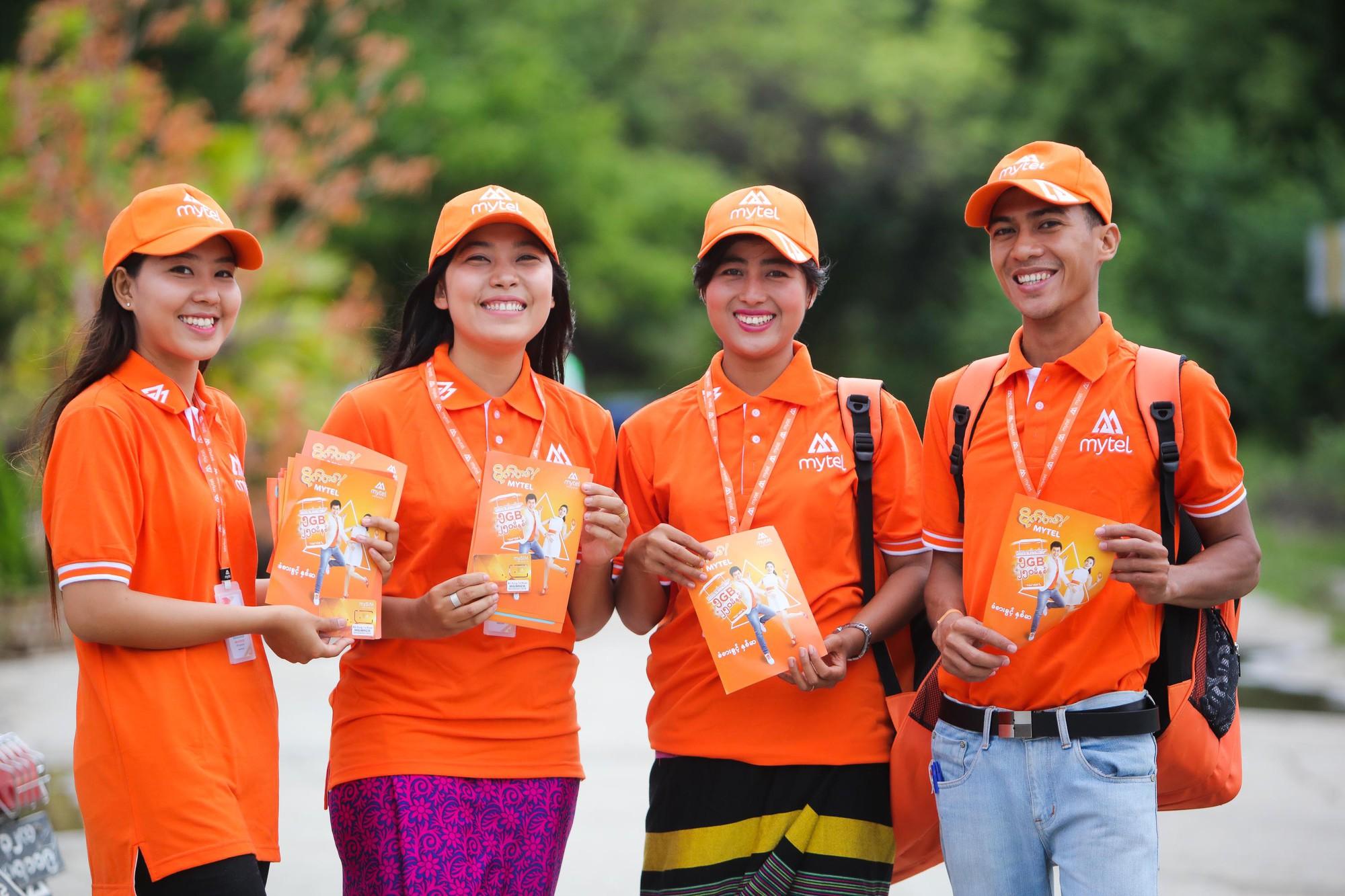 Đồng phục áo thun nhân viên Viễn Thông Myanmar Mytel