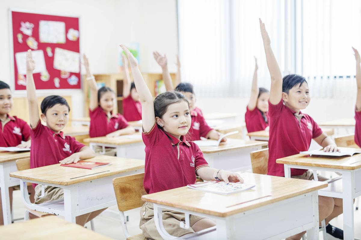 Đồng phục học sinh trường Vinschool 7