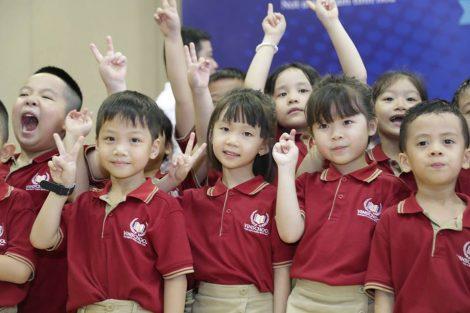 Đồng phục học sinh trường Vinschool 9