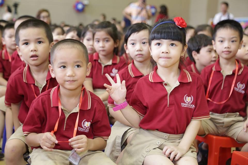 Đồng phục học sinh trường Vinschool - 11