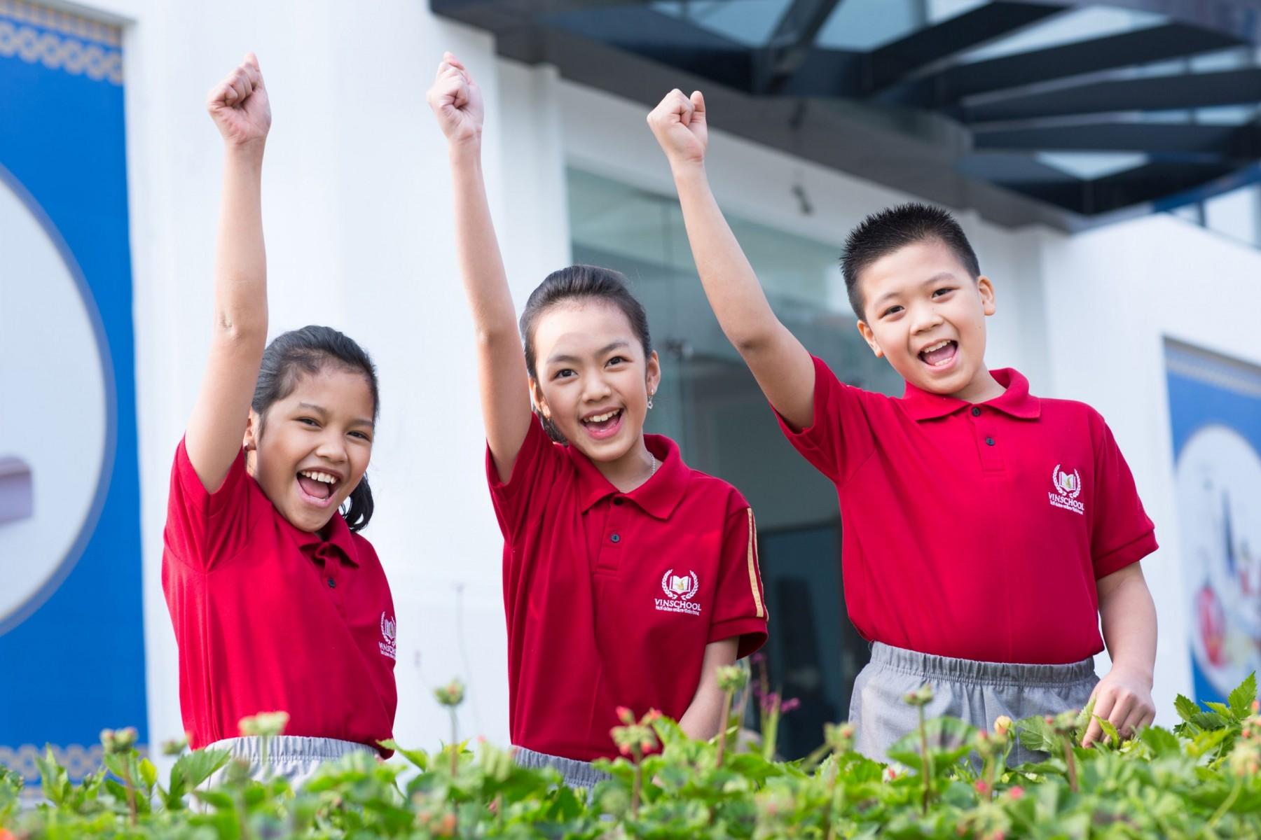 Đồng phục học sinh trường Vinschool - 12