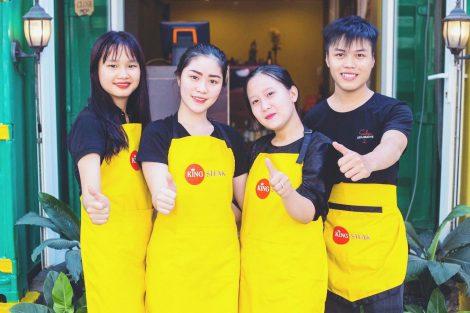 Làm tạp dề đồng phục nhân viên Quán King Steak tại Đồng Nai