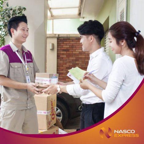 Áo bảo hộ đồng phục nhân viên Dịch Vụ Chuyển Phát Nhanh Nasco ở Hà Nội 4