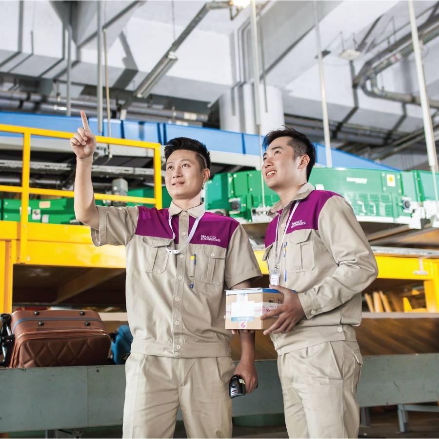Áo bảo hộ đồng phục nhân viên Dịch Vụ Chuyển Phát Nhanh Nasco ở Hà Nội 7