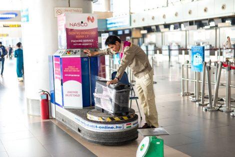 Áo bảo hộ đồng phục nhân viên Dịch Vụ Chuyển Phát Nhanh Nasco ở Hà Nội 11