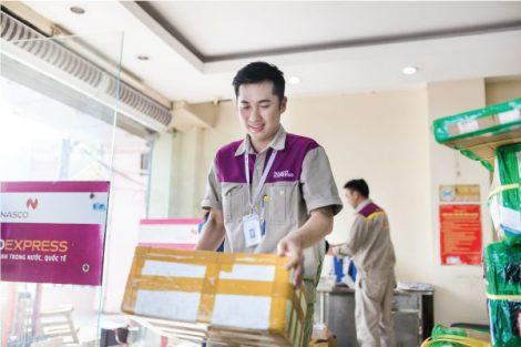 Áo bảo hộ đồng phục nhân viên Dịch Vụ Chuyển Phát Nhanh Nasco ở Hà Nội 13