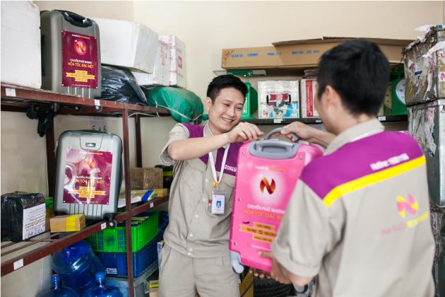 Áo bảo hộ đồng phục nhân viên Dịch Vụ Chuyển Phát Nhanh Nasco ở Hà Nội 22