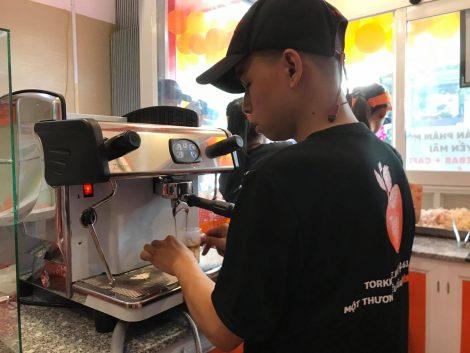 Áo thun đồng phục nhân viên thương hiệu Torki Cafe 3