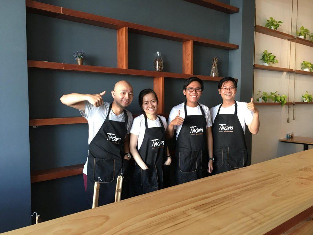 Đồng phục áo thun và tạp dề Tiệm Mì Thơm - Noodle Bar tại Quận 7 - 3