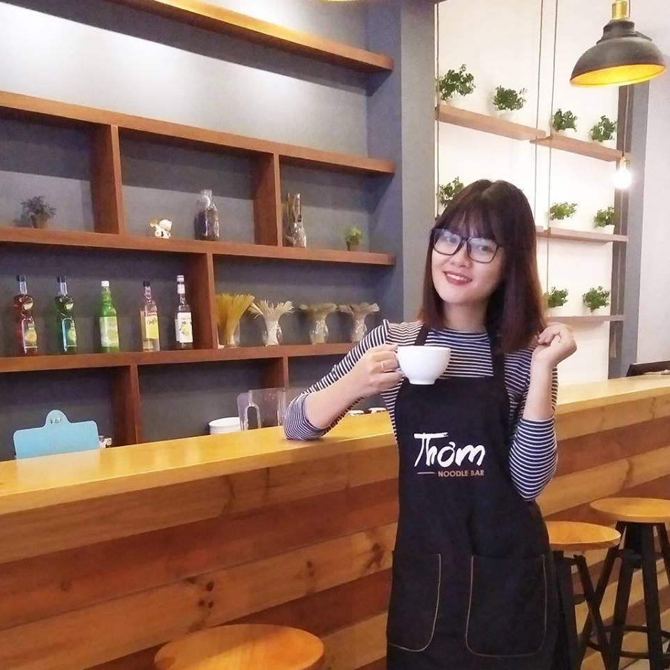 Đồng phục áo thun và tạp dề Tiệm Mì Thơm - Noodle Bar tại Quận 7 - 6