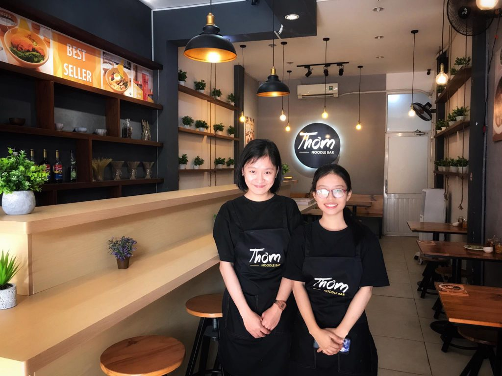 Đồng phục áo thun và tạp dề Tiệm Mì Thơm - Noodle Bar tại Quận 7 - 20