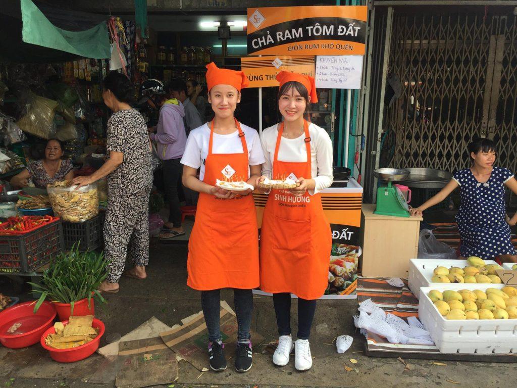 Tạp dề đồng phục Chả Ram Tôm Đất Sinh Hương tại Nha Trang - 5