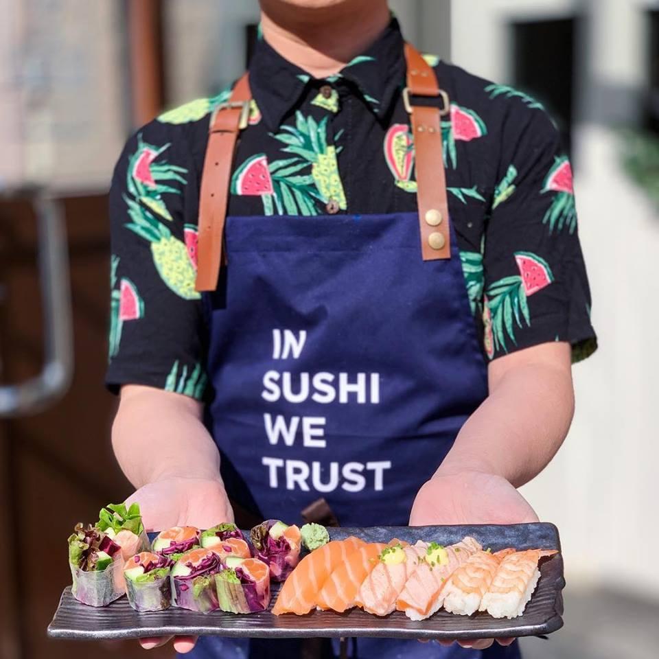 Tạp dề đồng phục nhân viên Nhà Hàng Kokoro Sushi tại Phần Lan - 2