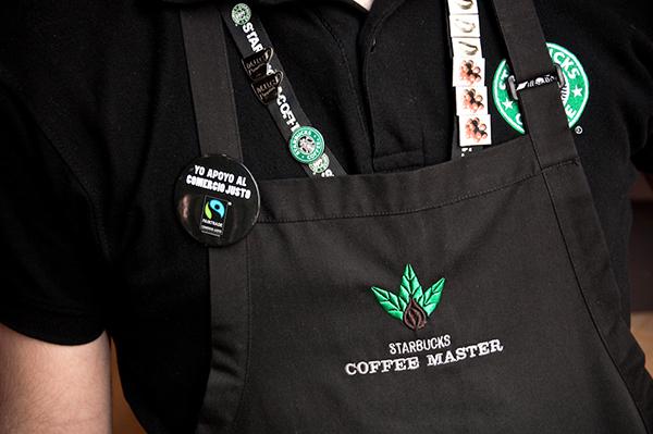 In logo, in chữ quảng cáo lên tạp dề đồng phục - 3