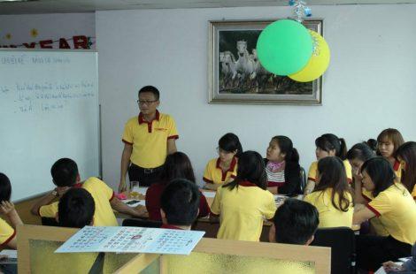 Áo thun đồng phục nhân viên Công Ty Cổ Phần Kho Vận Quốc Tế Vast ở Hà Nội