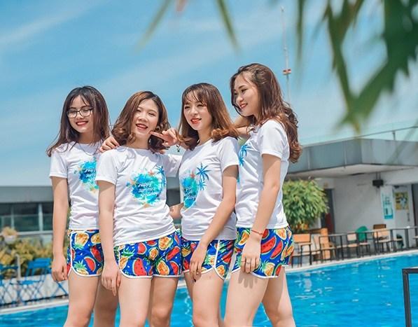 Những mẫu áo đồng phục đi biển mới lạ cho đội nhóm - 5
