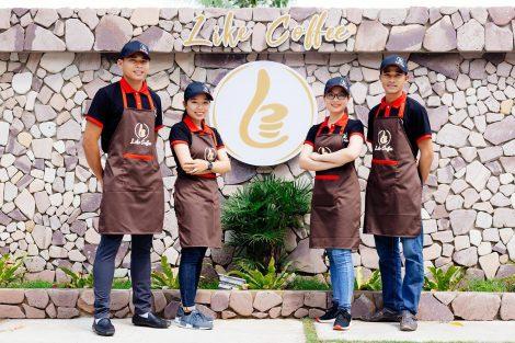 Tạp dề đồng phục Like Coffee ở Phú Quốc