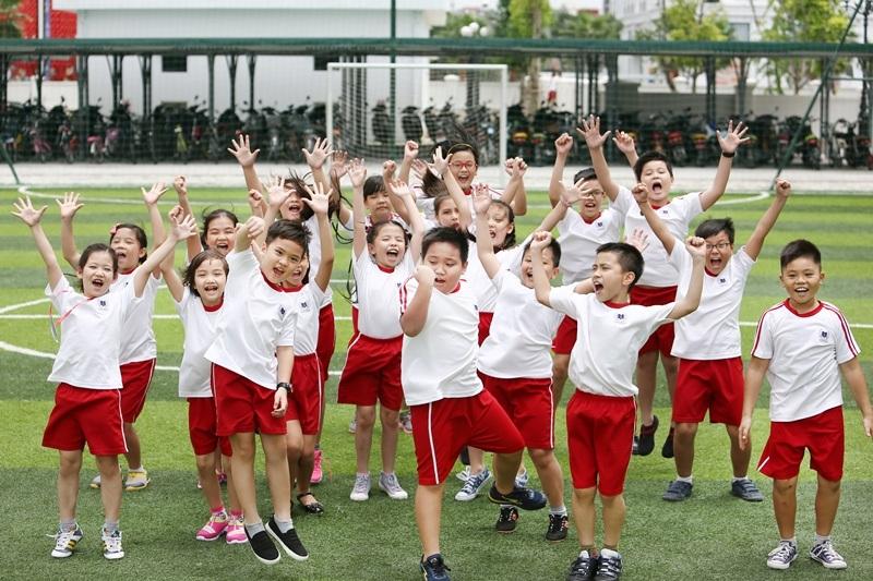 Các mẫu đồng phục thể dục cho học sinh- 3